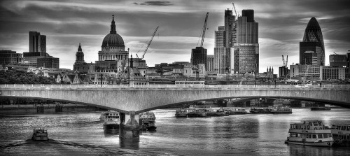 UK, London, The City and River Thames. Alan Copson © 2010 All Rights Reserved - No Unauthorised Usage